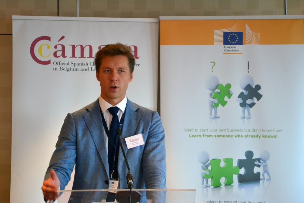 Juhan Lepassaar durante su ponencia.